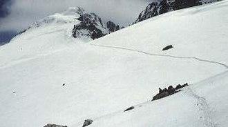 Aneto - Aneto's summit and glacier seen from the upper Portillon
