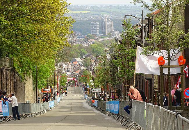 Ans - Liège-Bastogne-Liège, 26 avril 2015, arrivée (A53).JPG