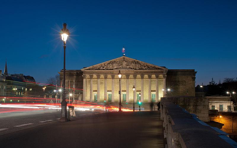 File:Assemblée Nationale à l'heure bleue, Paris, France.jpg