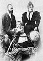 Bünker Johann Reinhard Familie um 1900.jpg