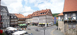 Bad Gandersheim - Marketplace. Left: Weißes Roß Hotel, centre: Zur Ecke, right: Bracken