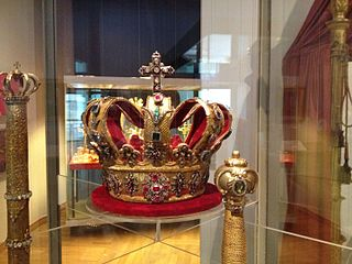 crown formerly used by the Grand Duke of Baden; part of the Crown Jewels of Baden; 26 cm high, with a diameter of 13,8 cm; today kept at the Museum of Baden