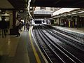 Baker Street stn Metropolitan through platforms look north.JPG