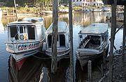 Embarca��es utilizadas no Rio Amazonas(foto: Wilson Dias/Ag�ncia Brasil)