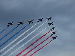 Bastille day flyover.4264-crop.jpg