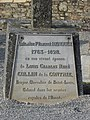 Bazouges-la-Pérouse (35) Cimetière Tombe Collin de la Contrie 02.jpg