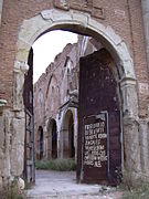 Belchite - Iglesia de San Marin - Portón.JPG