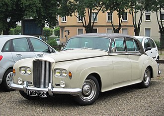 Bentley S3 - Image: Bentley S3 on a rainy day in Mulhouse