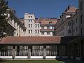 Berufsschule Hütteldorfer Straße Innenhof 1.JPG