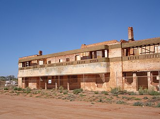 Big Bell, Western Australia - The ruins of the Big Bell Hotel, 2009.