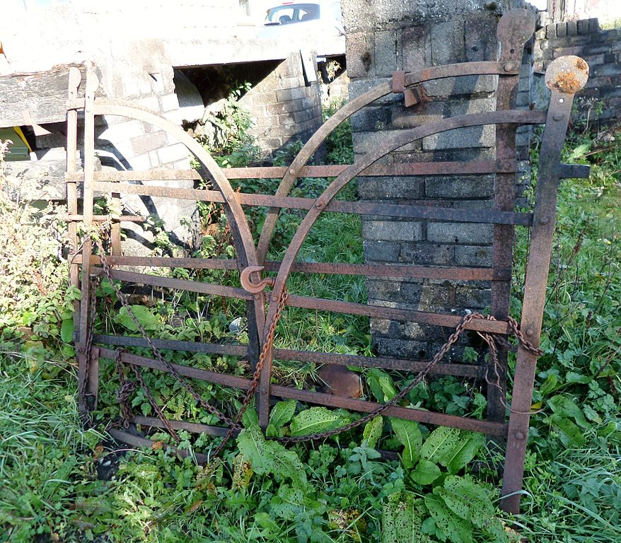 File Blacksmith Made Wrought Iron Gates Hessilhead Jpg