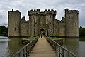 Bodiam Castle from the north 2019-05-28.jpg