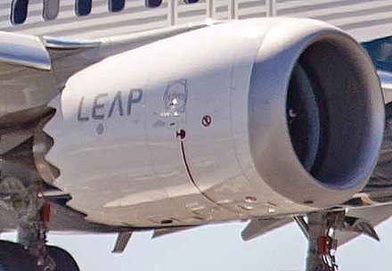Nacelle with chevrons for noise reduction Boeing 737-9 MAX CFM LEAP-1B PAS.jpg