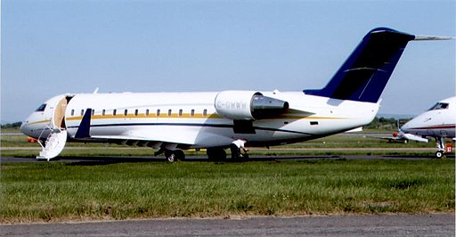 Bombardier Challenger 850 C-GWWW at Manchester 2008