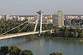 Bratislava, most SNP přes Dunaj (1).jpg