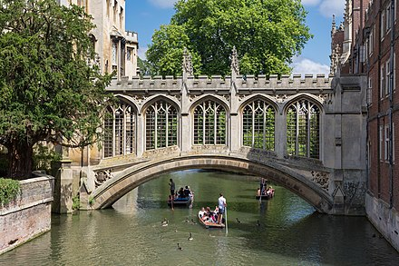 The Bridge of Sighs at St John's College Bridge of Sighs, St John's College, Cambridge, UK - Diliff.jpg