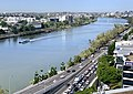 Brisbane River and Coronation Drive in Milton, Queensland.jpg