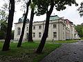 Brzesko, ul. Götza-Okocimskiego 6 zespół pałacowy, 1 poł. XIX nr 615223 (2).JPG