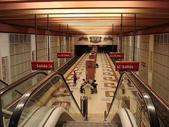 Los Incas - Parque Chas (Buenos Aires Underground) - Image: Buenos Aires Subte Linea B Estacion Los Incas