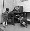Bundesarchiv B 145 Bild-F013072-0008, Walsum, Gastarbeiterfamilie.jpg