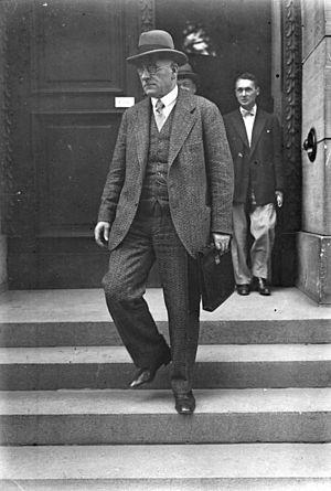 Otto Braun - Image: Bundesarchiv Bild 102 10131, Otto Braun