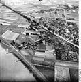 Bundesarchiv Bild 195-1146, Rheinbefliegung, Büderich.jpg