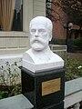 Busto Chaikovski.jpg