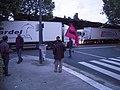 CAMIONS A L'ARRET (27612741381).jpg