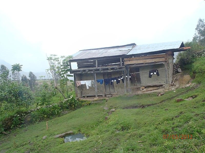 File:CASA DEL SR AURELIO GUALAMBO-JUMPAMPA - panoramio.jpg