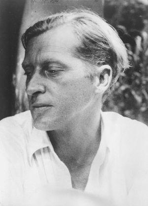 Walter Spies - Image: COLLECTIE TROPENMUSEUM Portret van Walter Spies op Bali T Mnr 60022997