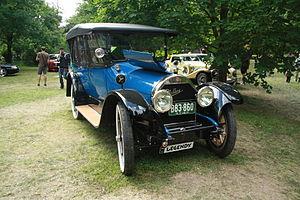 Cadillac Type 51 - Type 55 Suburban 1917