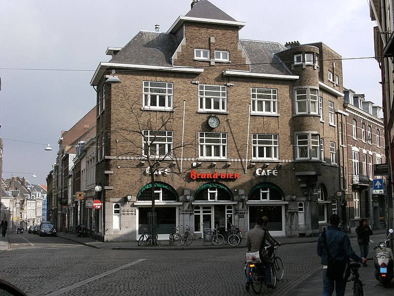 Caf de poort in maastricht monument for Cafe de poort utrecht