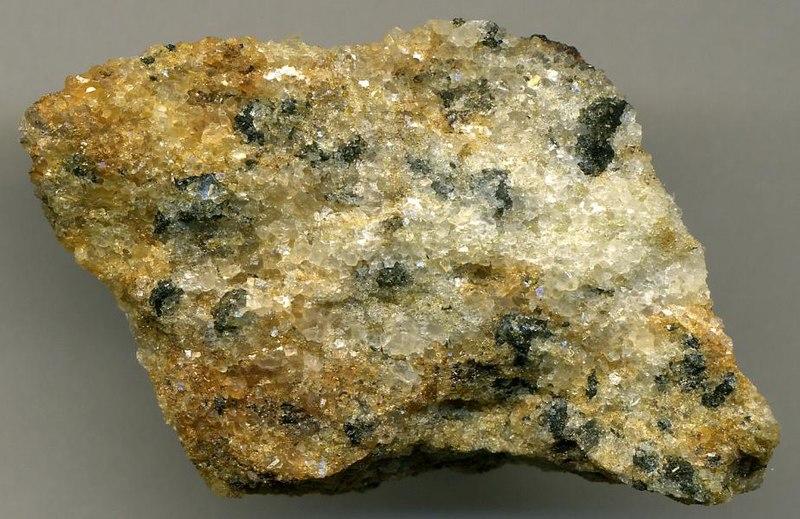 File:Calciocarbonatite (sovite) (Oka Carbonatite Complex, Early Cretaceous, 124-125 Ma; Oka Niobium Mine, Quebec, Canada) 3 (14635942149).jpg
