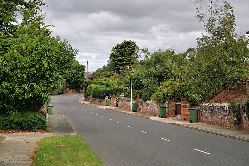 File:Caldy Road - panoramio.jpg