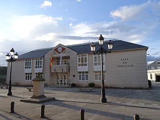 Baleira - Image: Casa concello, O Cádavo, Baleira, Lugo 14