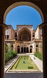 Casa histórica de Abbasi, Kashan, Irán, 2016-09-19, DD 77.jpg