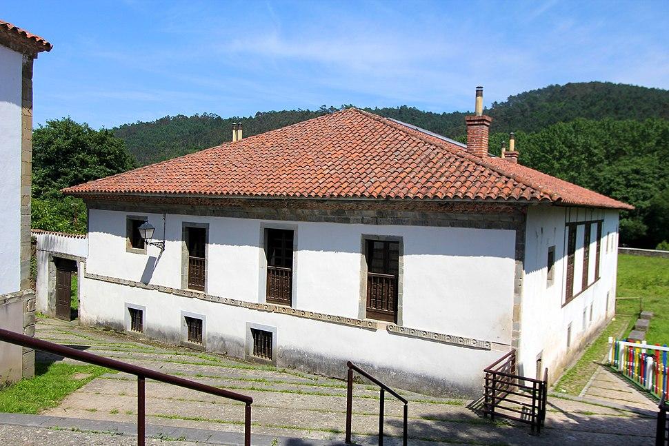 Casa rectoral de Soto de Luiña 003