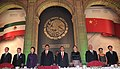Cena de Estado que en honor del Excmo. Sr. Xi Jinping, Presidente de la República Popular China, y de su esposa, Sra. Peng Liyuan (8959187107).jpg