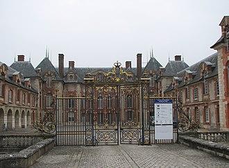 Marie Meurdrac - The Château de Grosbois, where Meurdrac lived for a period