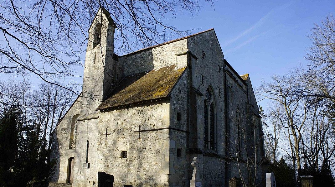 Chapelle du XIIe siècle de Villedommange, elle est dédiée à st-Lié et se trouve en surplonb de la vallée en direction de Reims, au premier plan se trouve le cimetière.