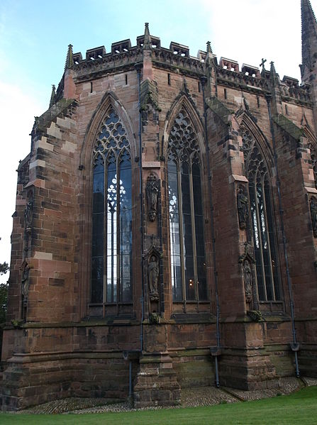 File:Chapter House, Lichfield Cathedral (exterior 5).JPG