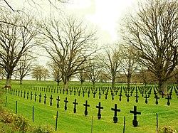 Chemin des Dames-FR-02-cimetière allemand de La Malmaison-01.jpg