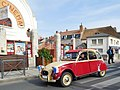Citroën 2CV with flags of France.jpg