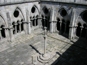 Porto Cathedral - Gothic cloisters of the Cathedral.