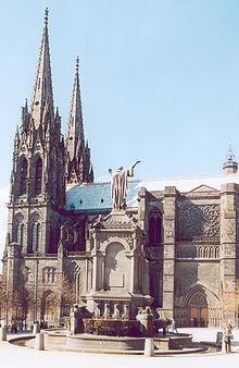 Blog de auvergnebassinauzonbrassac : Auvergne a travers les temps, Auvergne en cartes postales anciennes:La cathédrale de Clermont-Ferrand(63)