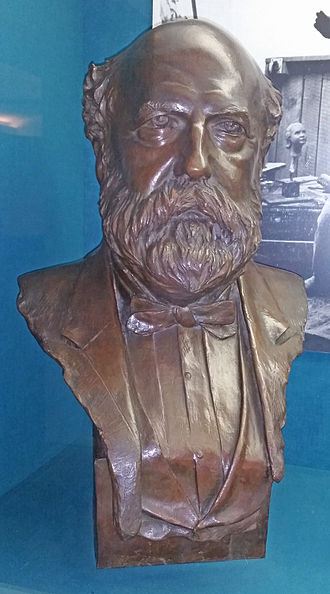 Collis Potter Huntington - Bust of Collis made by Anna Hyatt Huntington in the collection at The Mariners Museum.