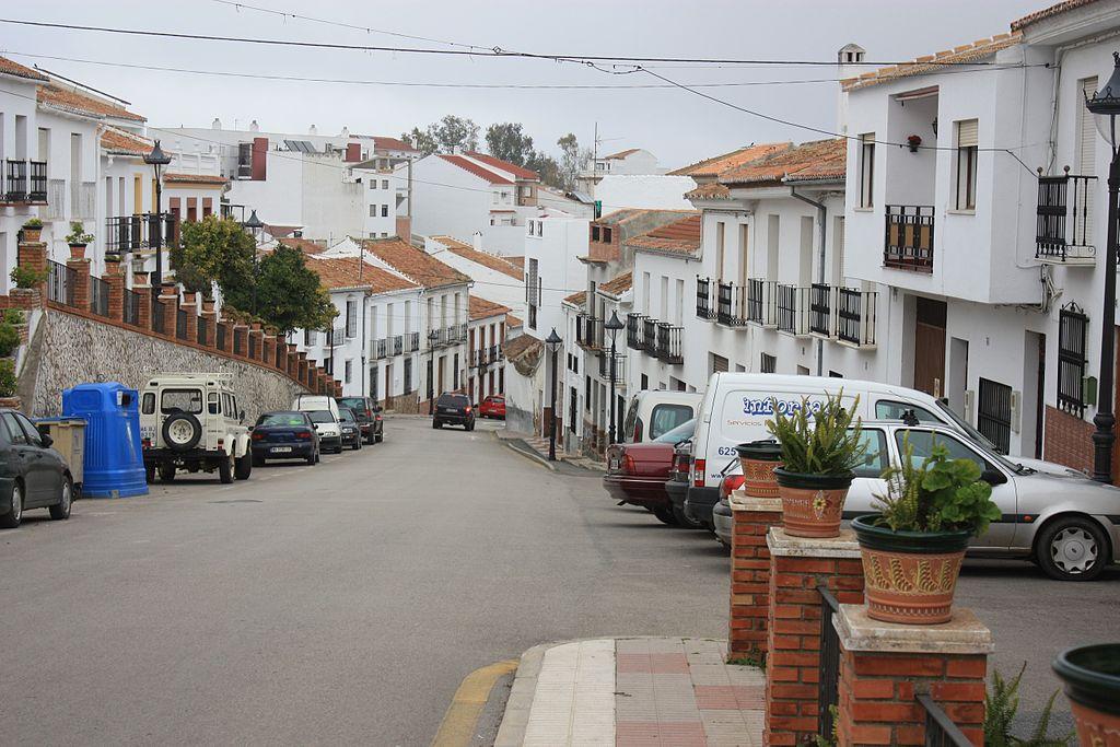 File colmenar die stra e calle de m laga bild for Calle palma del rio malaga