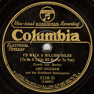 Columbia Records - The label of an electrically recorded Columbia disc by Art Gillham from the mid-twenties