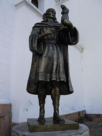 Virgen de Copacabana - Statue of the sculptor Francisco Tito Yupanqui.