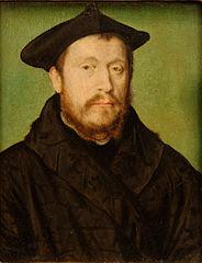 Portrait d'un homme de face, le visage en léger profil gauche